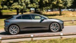 Замість тисячі літрів: Jaguar створив програму, що підраховує реальну користь від їзди на електромобілі I-PACE