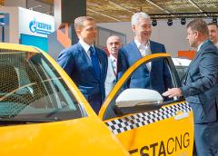 Собянін запропонував заборонити таксистів з іноземними правами