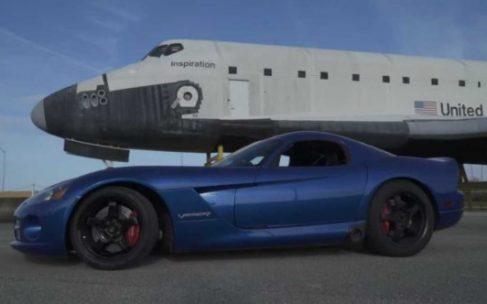 Dodge Viper 2006 року випуску встановив новий рекорд швидкості
