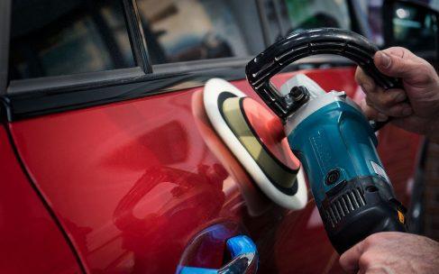 Несколько способов полировки автомобиля