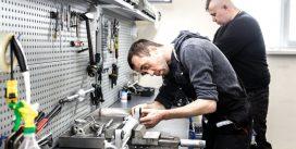 Специфика качественного ремонта рулевых реек