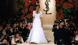 Свадебные платья супермоделей 1990-х на подиуме