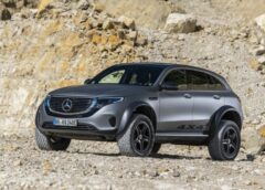 Електричне крос-купе Mercedes-Benz EQC перетворили в «всюдихід»